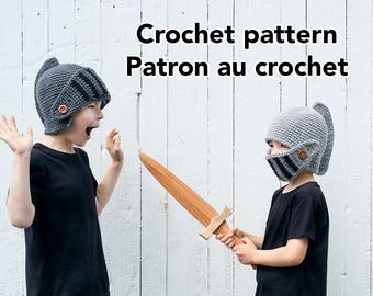 Knight helmet crochet hat pattern for winter in english and french by Akroche Tatuk