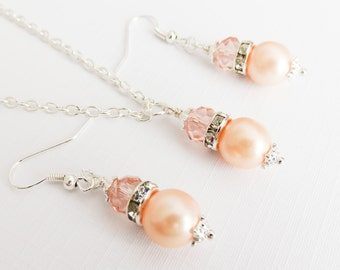 Peach bridesmaid jewelry set, peach pearl necklace and earrings, wedding jewelry, peach bridal jewelry, bridesmaid gift