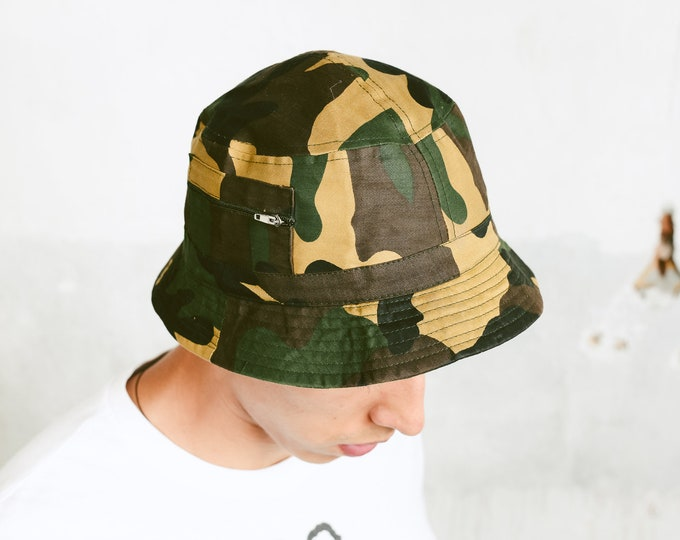 Featured listing image: 90s Men's Bucket Hat . Fisherman Hat Camouflage Green Vintage 90s Soft Cap Summer Headwear Hip Hop Hat Boyfriend Gift . size Small