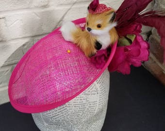 Standing Fox Pink Custom Ladies Fashion Hat