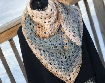 Triangle scarf and shoulder wrap