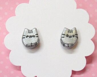 Gray Cat Earrings, Cute Cat Earrings, Silver Cat Studs, Kawaii, Stud Earrings, Hypoallergenic, Everyday Earrings, Gift for Her, Cat Lover