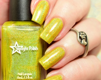 Candle Lights Yellow Holographic Winter Holodays Warm Holo Indie Nail Lacquer Starlight Polish