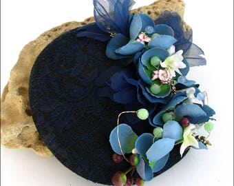 Blue fascinator hat, lace, flowers - linen black/blue - Retro-Chic Fascinator/Hat - lace, flower and Pearl wedding, ceremony...