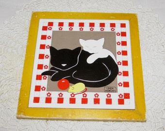 Vintage Black White Kitty Cat Tile Trivet by Linda Morgan, red white checked border wooden wood frame, 80s, wall plaque, kitchen art