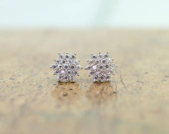 14k Yellow Gold Star Flower Stud Earring