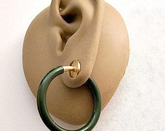 Green Tube Hoops Clip On Earrings Gold Tone Vintage Spring Plunger Non Pierced Round Open Thick Round Band Ring Dangles