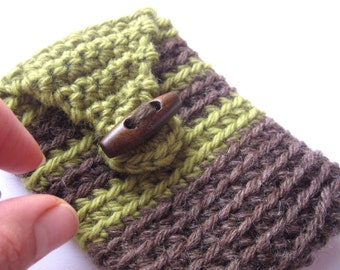 Spring Sale - crochet wallet, stoner stash accessory, small purse, fits some phones check measurements