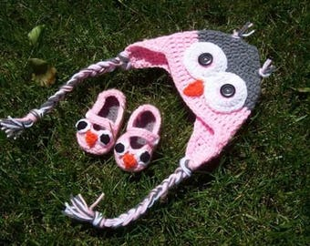 Owl Baby Shower Gift Set, hat and booties!