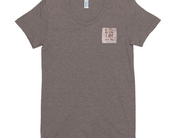 Be Still | Women's Crew Neck T-shirt
