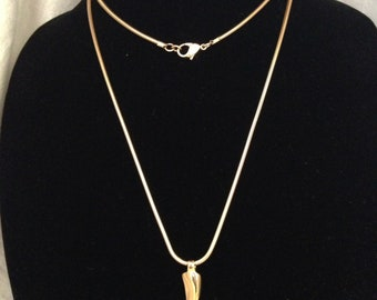 "Vintage Monet Gold Tone Serpentine Chain With 2"" Twisted Gold Tone Pendant"
