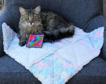 Cat Blanket, Small Dog Blanket, Pet Bedding, Pet Accessories, Washable Pet Bedding, Pale Yellow Cat Blanket, Cat Bed, Travel Pet Blanket