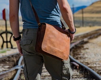 Rustic Leather Messenger Travel bag, One Flap - 1920's Vintage inspired Handmade bag/CarryOn/School/Hiking/Adventure/Christmas/Mountains