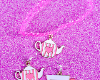 Alice In Wonderland - Time for tea earrings