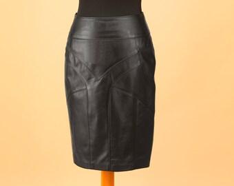 Leather skirt, women skirt, black leather skirt, leather skirt, black skirt, stylish skirt, fashion skirt, modern skirt, midi skirt