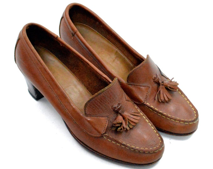Vintage 90s Brown Classic Loafer-Style High Heels