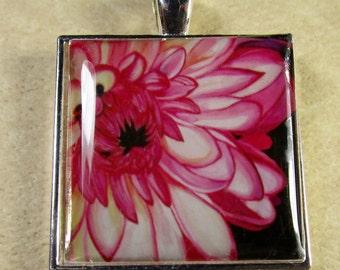 Chrysanthemum Pendant, Mum Necklace, Mum Jewelry, Mum Gifts, Chrysanthemum Necklace, Chrysanthemum Jewelry, Chrysanthemum Gifts