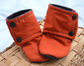 Stay On Baby Booties, Burnt Orange Aztec, Southwester baby, toughtek, diaper snaps, baby boy shower gift