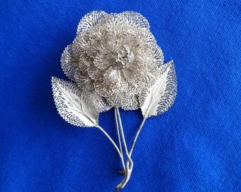 Metal. Filagree Pattern, Flower Brooch, costume Jewelry