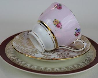 Tasse de thé dépareillée Trio Colclough Gainsborough