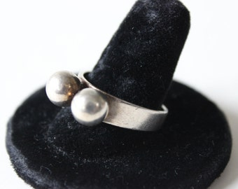 Vintage Sterling Siver Ring by Aksel Holmsen Made in Norway 925 Two Silver Beads Large Statement Ring