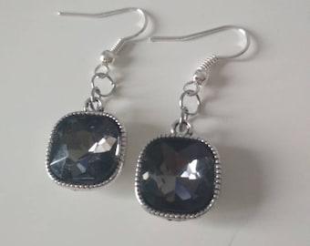 Dark grey crystal earrings