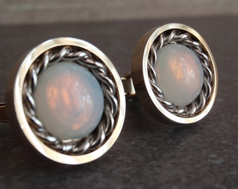 Sarah Coventry Cufflinks Round Braided Opal Glass Vintage V0975L