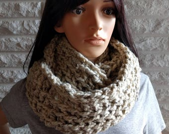 Oversized women's infinity scarf, oatmeal circle scarf, chunky infinity scarf, gifts for her, accessories, fall, winter and spring fashion
