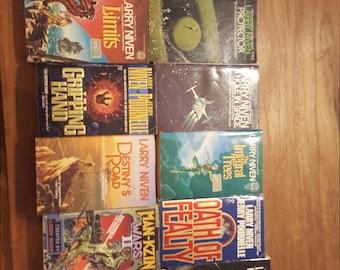 Vintage Lot of 16 Vintage Larry Niven Sci Fi Paperback Books