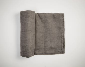 The Explorer 100% Linen Towel (Large/Gray)