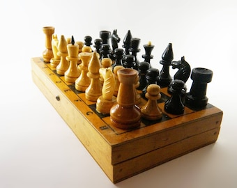 chess set, wooden chess set, vintage chess set, chess
