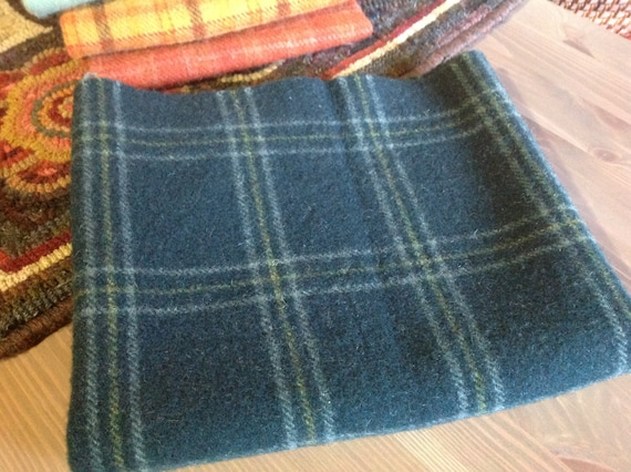 Spruce Ridge Teal, Wool for Rug Hooking and Applique, Select-a-Size, J992, Deep Blue Green Wool, Mill Dyed Wool Fabric