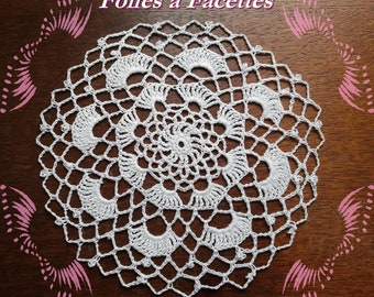 Round doily, coaster, white lace crochet cotton for dream catchers