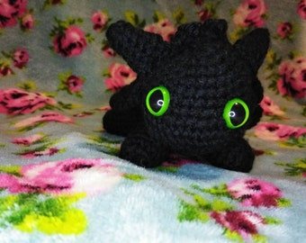 Amigurumi Toothless : Pdf sewing pattern instructions little toothless diy