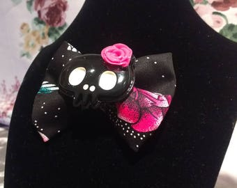 Handmade Punk Style Hairbow With Black And Pink Fabric And A Large  Embellishment Black Skull With A Bow