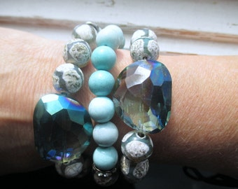 Mermaid's Call stretch beaded bracelets, crackle agate, aquamarine and rhinestone, gemstone stretch beaded bracelets