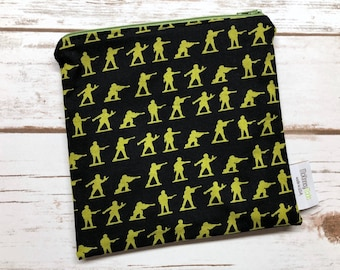 Reusable Snack Bag ~ Reusable Sandwich Bag ~ Reusable Lunch Bag ~ Eco Friendly ~ Water Resistant ~ Zipper Pouch in Green Army Men