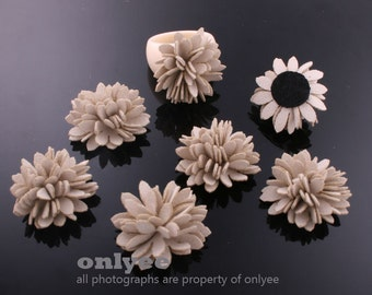 6Pcs-25mmX14mm Small Suede Mum Flower-Ivory (J120-B)