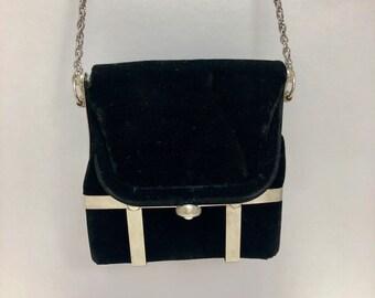 Lovely Vintage Black Velvet Handbag