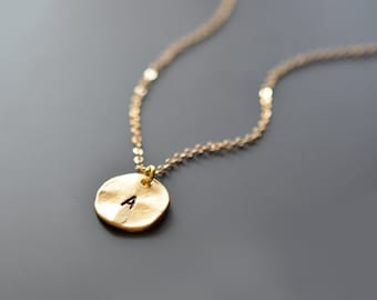 Initial Gold necklace, Personalized, Disk necklace,Gold necklace,Goldfilled,Birthday necklace,Christmas gift,Name necklace,tmj00042