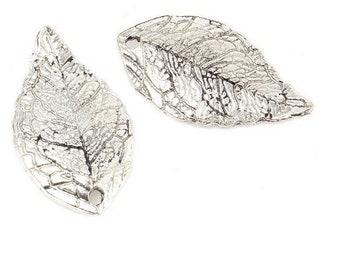 Set of 10 (B35) silver tree leaf charms