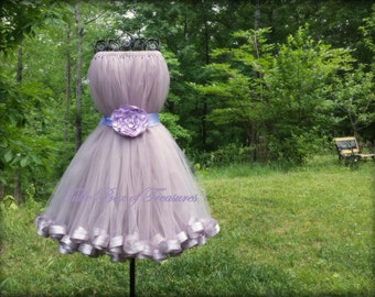 Sleeveless Silver Junior Bridesmaid Dress with Lavender Flower and Sash