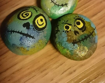 Painted pebbles - Monster miniatures!