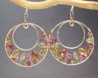 Hammered hoops peridot, ruby, mandarin garnet Bohemian 126