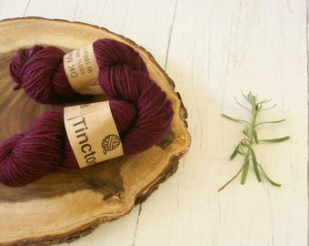 Wool, merino roving 100g skein, DK, Cochineal Dyed, Double knit, natural dyes, plant dyes, burgundy