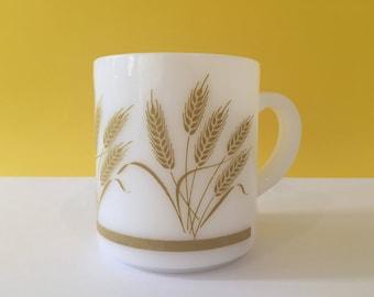 Vintage Hazel Atlas Milk Glass Mug
