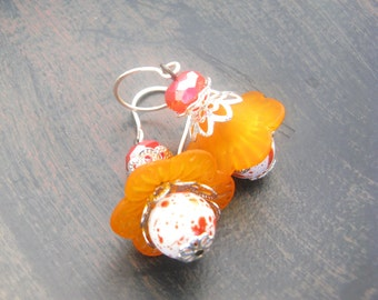 Orange Lucite Flower Earrings, lucite flower earrings, orange earrings, orange flower earrings, vintage earrings, dangle earrings