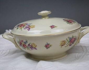 Hutschenreuther Covered Vegetable Serving Bowl Tureen Dresden Floral Evelyn