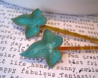 Green Hair Accessory, Small Ivy Leaf Bobby Pin, Verdigris Patina, Set of 2, Green Patina, Quirky Accessory, Weddings, Nature, Woodland
