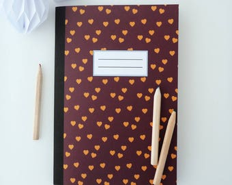 Illustrated notebook 14x20cm of golden yellow hearts